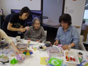 ボランティアさんによる折り紙講座です!!
